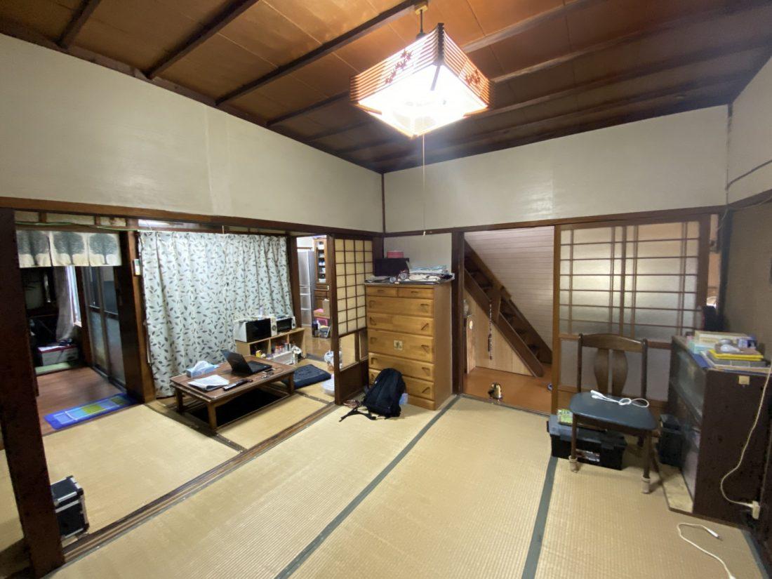 建具で仕切られた2間続きの和室